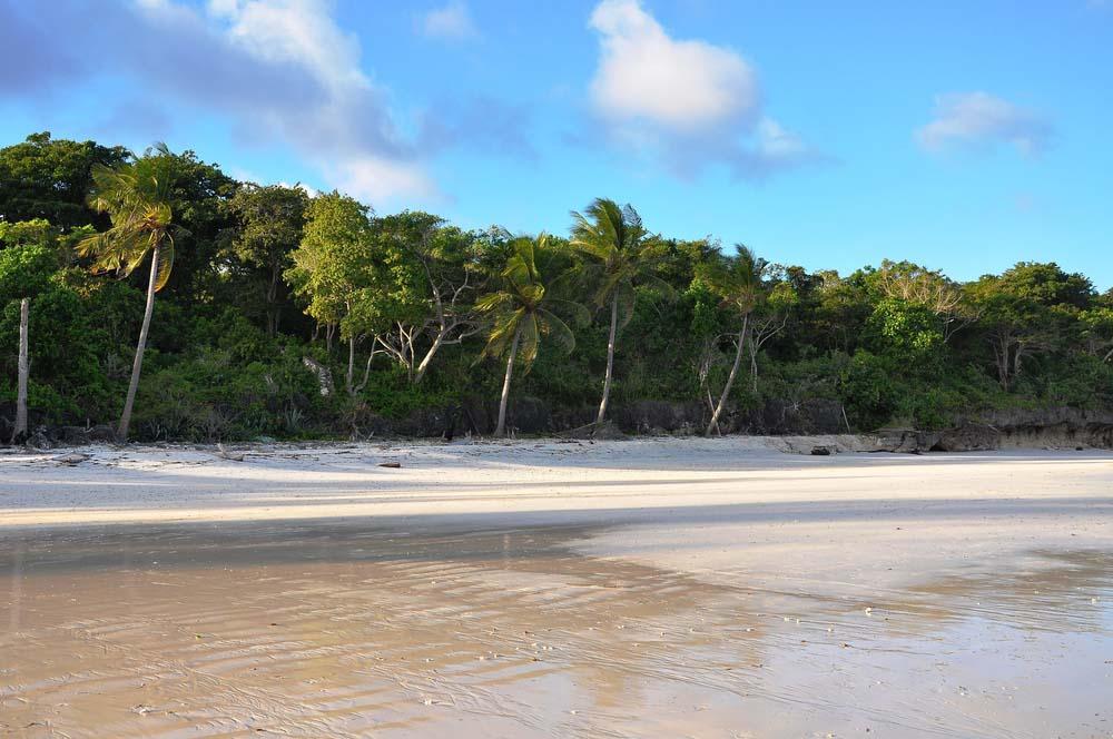 leukste stranden indonesië