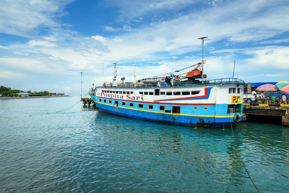 Reizen per boot Indonesie